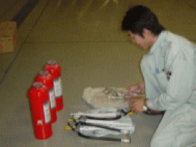 消火器具-消火器機能点検